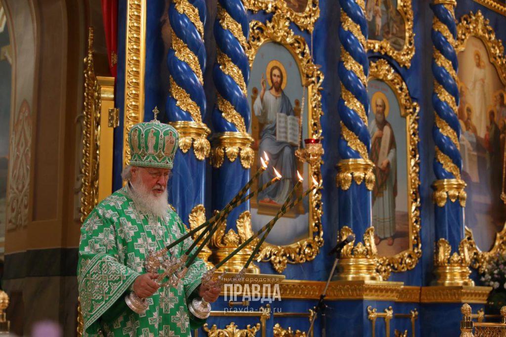 Святейший Патриарх Московский ивсея Руси возглавил чин Великого освящения Успенского собора вСарове