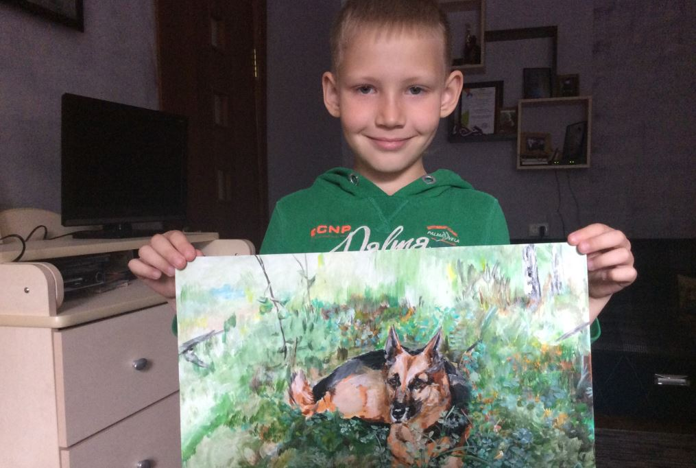 Юный нижегородец рисует портреты животных в обмен на помощь приюту