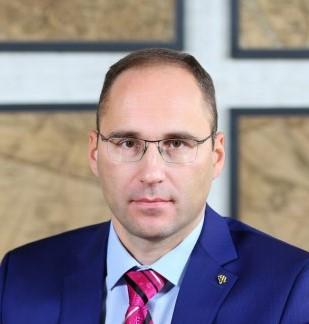 Александр Шаронов