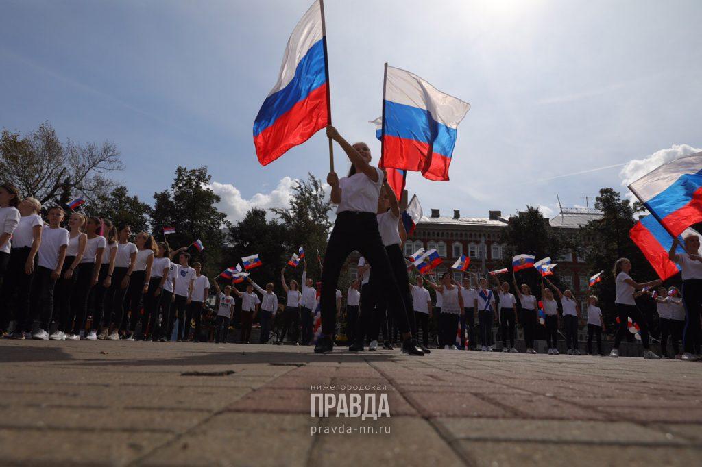 День Победы, «Ирония судьбы» и Обломов: смотрим, что еще объединяет жителей России