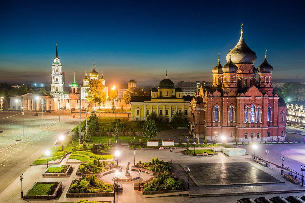 Для нижегородских школьников-активистов организовали экскурсию по самым красивым городам страны