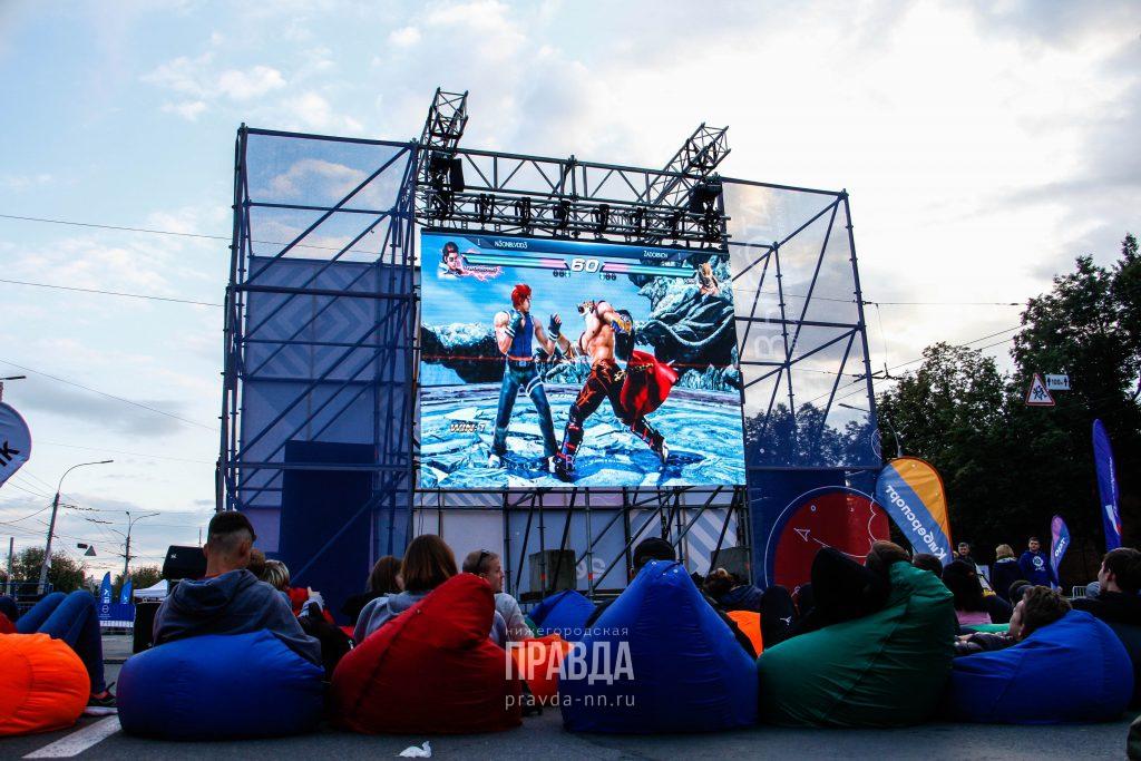 Фестиваль «Высота» прошёл на площади Минина