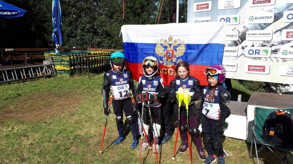 Юные нижегородцы завоевали три медали на международных соревнованиях по горным лыжам на траве