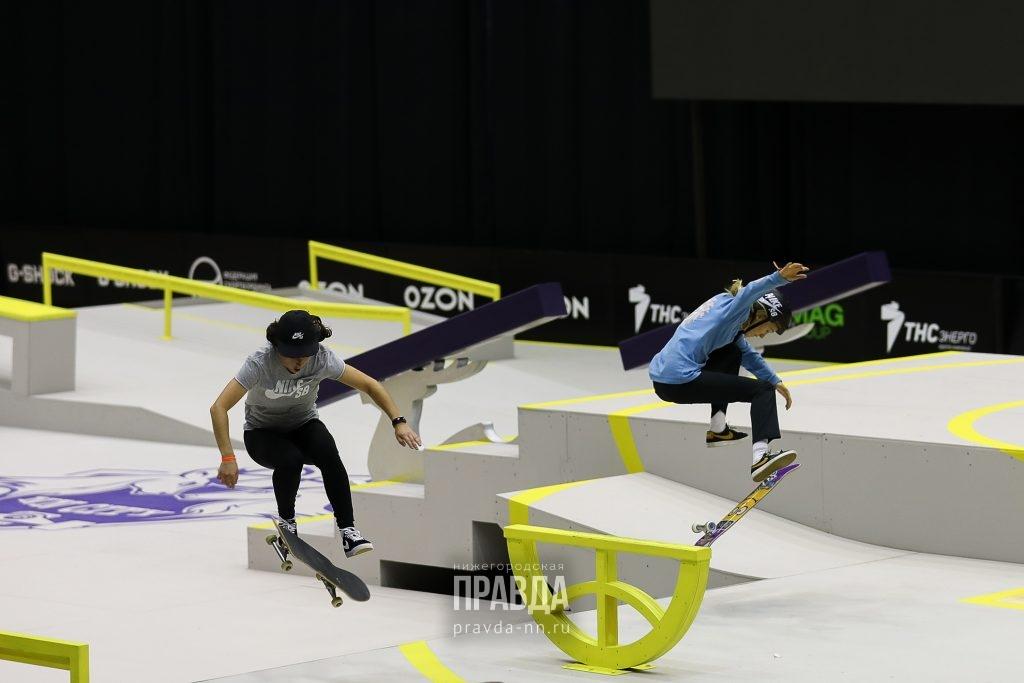 Кубки из переработанных скейтов, фигурки оленей и драйв: как проходит чемпионат Европы по скейтбордингу в Нижнем Новгороде