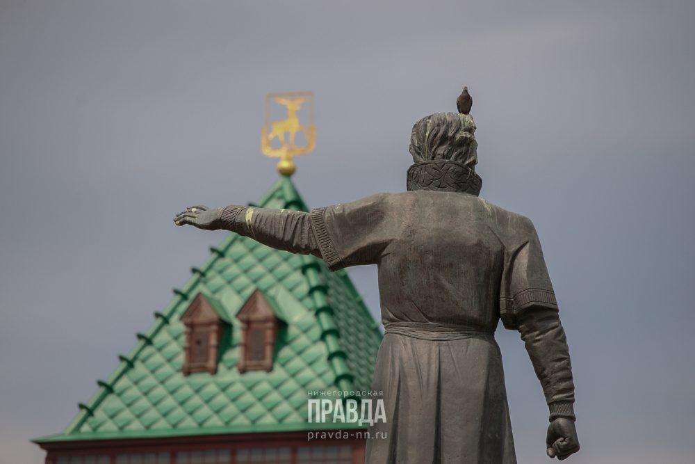 минин день народного единства памятник площадь кремль башни кремля