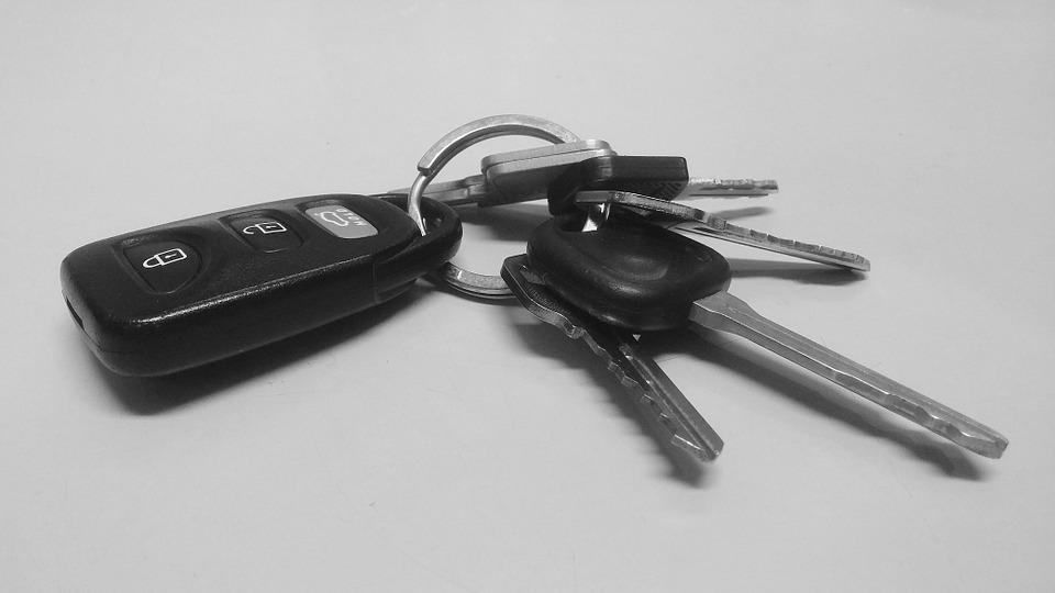 Нижегородская семья добилась выплаты 780 тысяч рублей за проданную автосалону иномарку