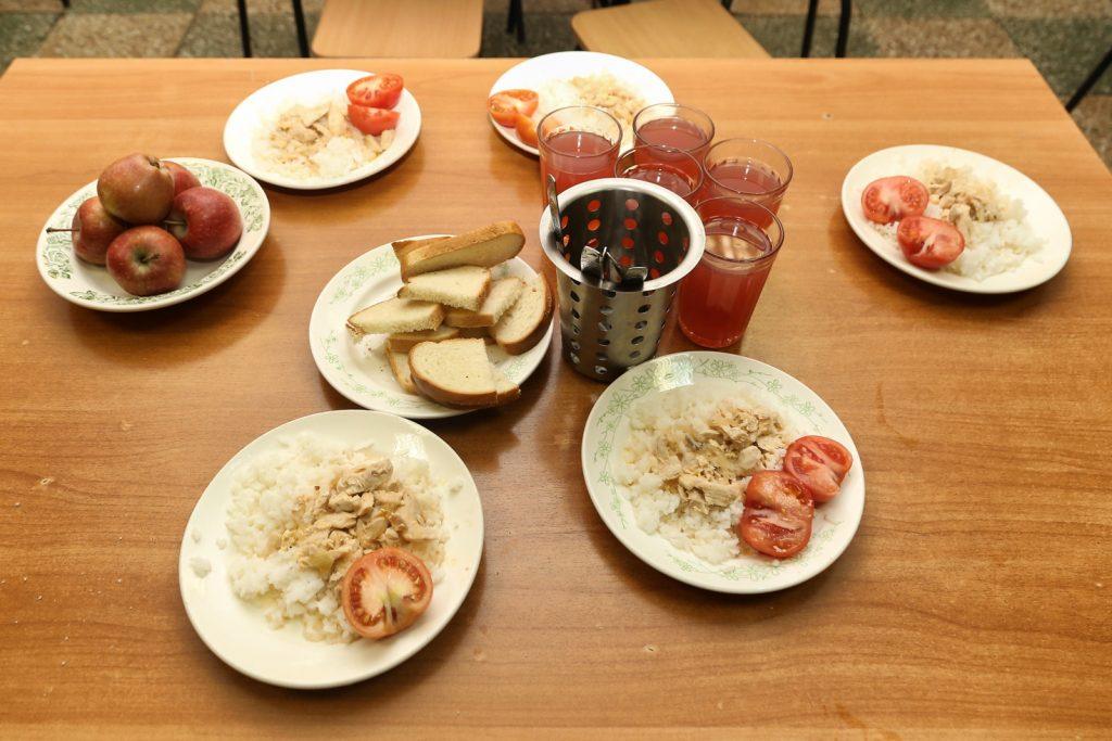 Нижегородским школьникам доставят бесплатные продуктовые наборы на дом