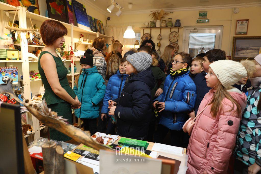 Кофе с хоккеистом «Торпедо», баскетболист на один день и вязаные зайцы: рассказываем, как прошел «День добра» в Нижнем Новгороде