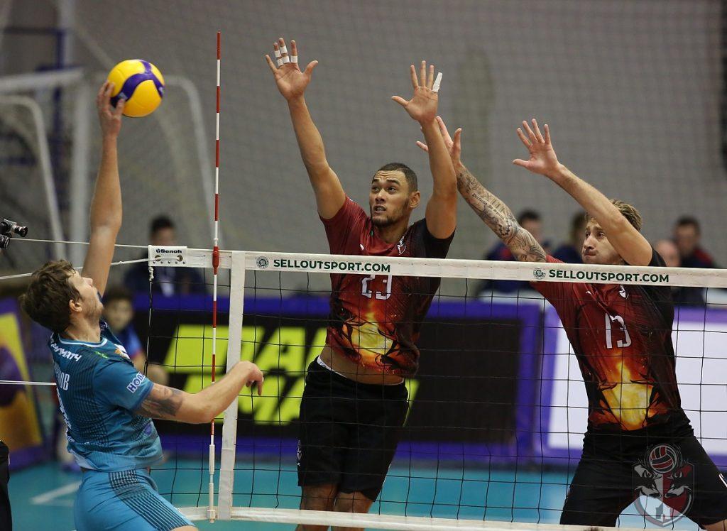 Нижегородские волейболисты одержали первую в истории победу в Суперлиге