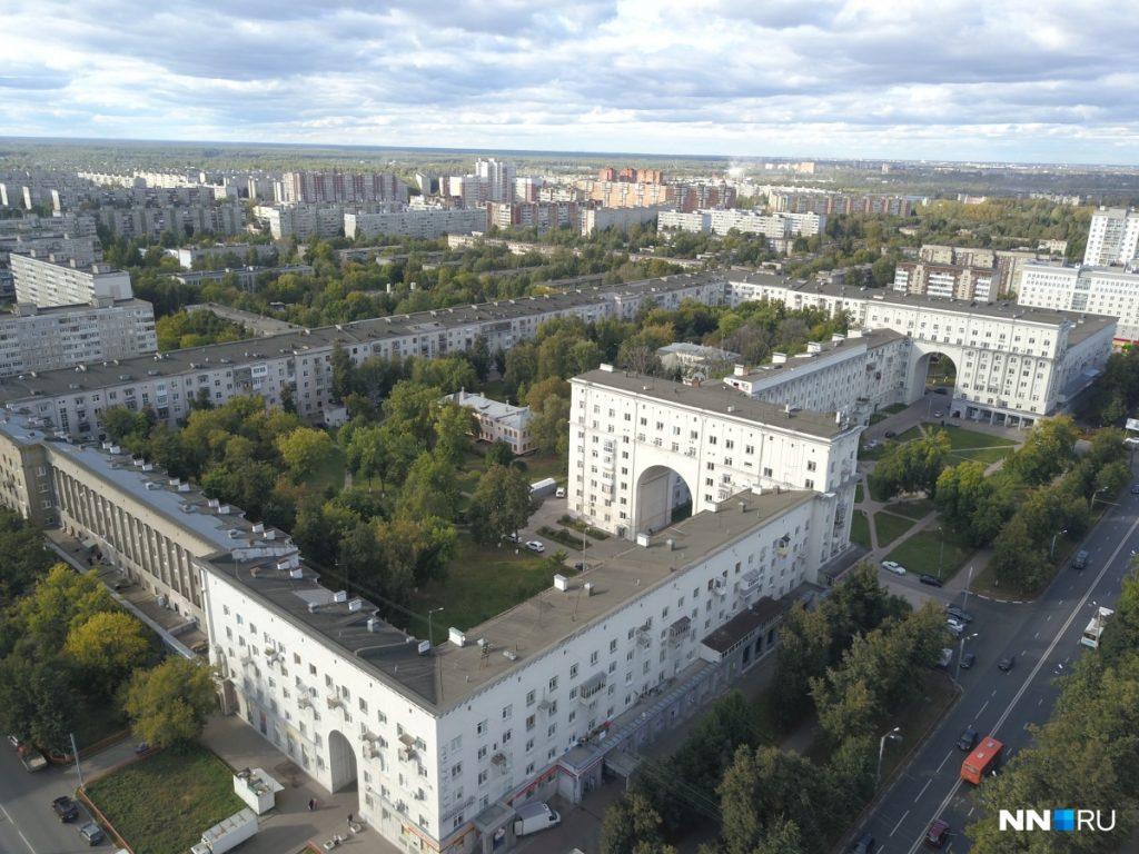 Секреты серого квартала: выясняем, где жила элита горьковского Автозавода