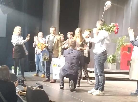 Нижегородец сделал предложение своей возлюбленной на спектакле Квартета И