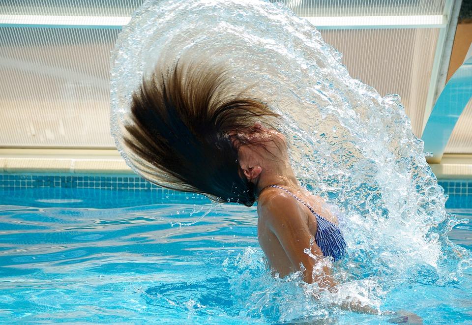 Чем можно заразиться в общественном бассейне: рассказывают врачи