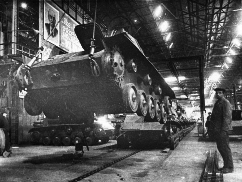 Тыльная сторона войны: как нижегородские заводы работали на победу в Великой Отечественной войне