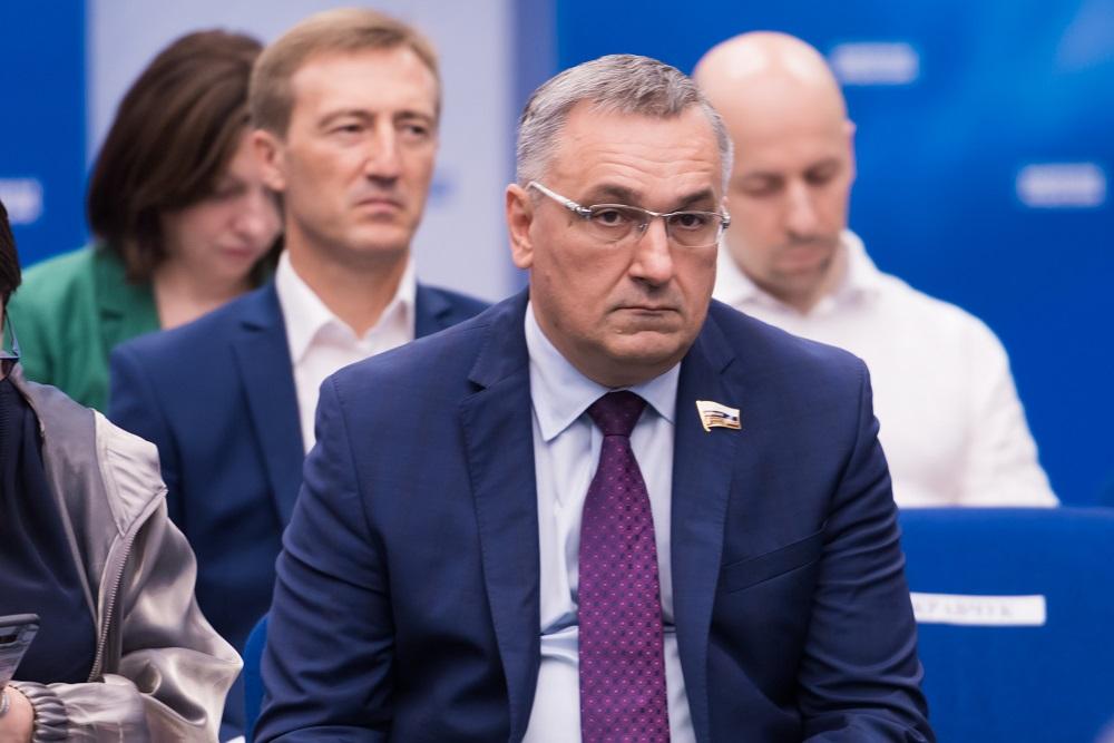 Василий Суханов: «Правительство региона найдёт лучшие варианты, чтобы минимизировать неудобства из-за строительства транспортного узла в Сормове»