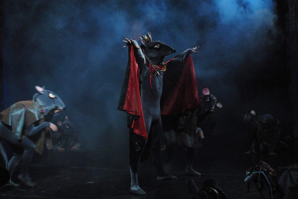 Символ года на сцене: в Нижегородском театре оперы и балета прошли новогодние показы балета «Щелкунчик»