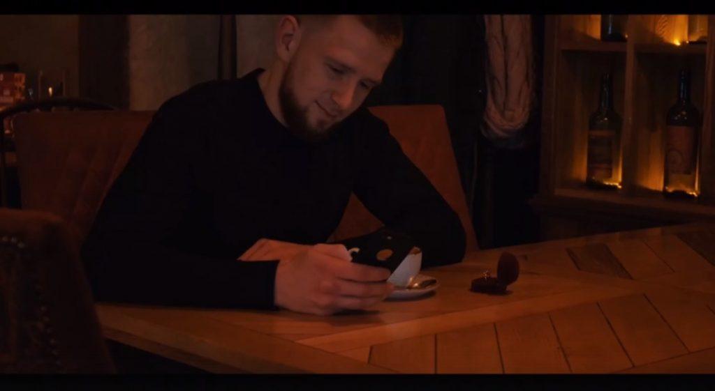 Нижегородец сделал предложение своей девушке на большом экране