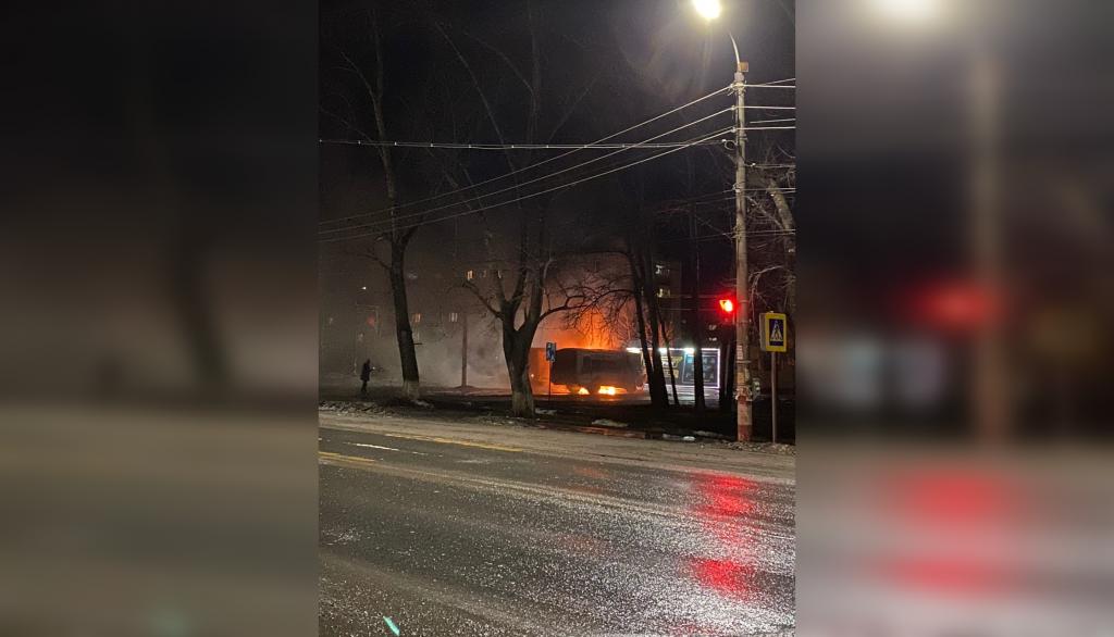 Два автобуса подожгли в Заволжье