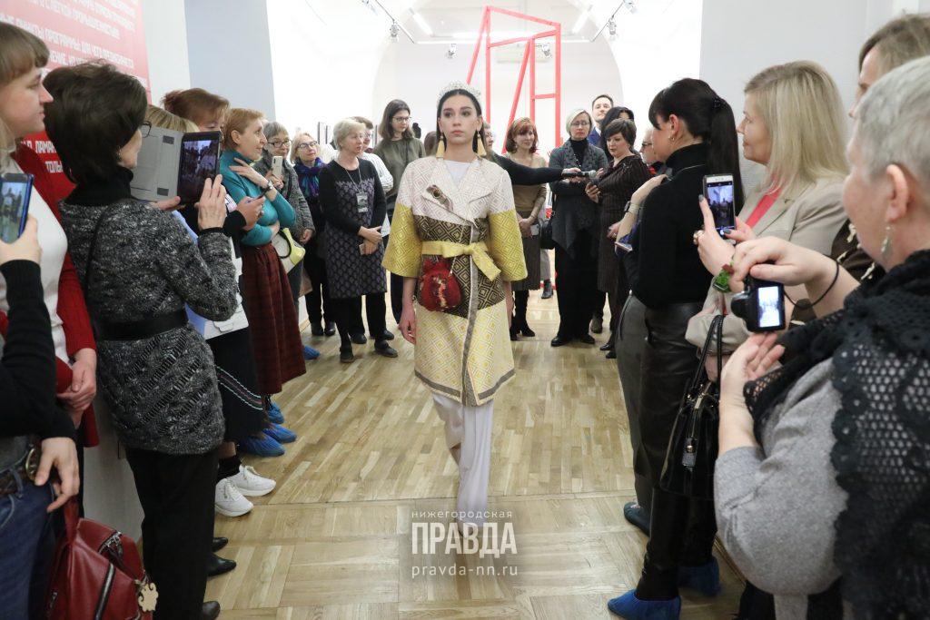 Назад в авангард: смотрим, как эскизы великих художников превратились в уникальные костюмы