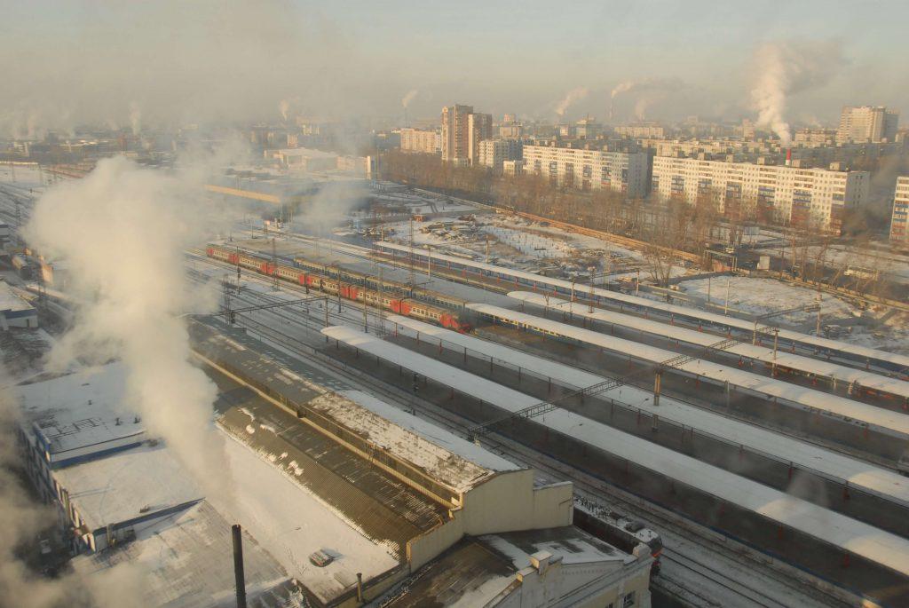 Восемь вагонов сошли с железнодорожных путей из-за ДТП с автомобилем в Нижегородской области: пассажирские поезда задержатся