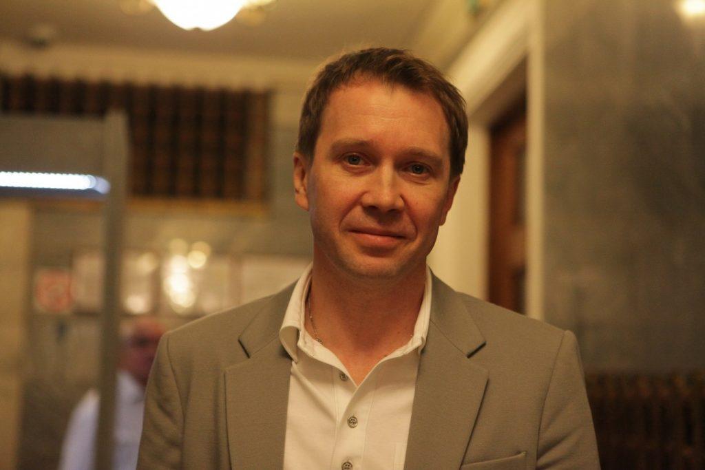 Евгений Миронов вывел в свет сына