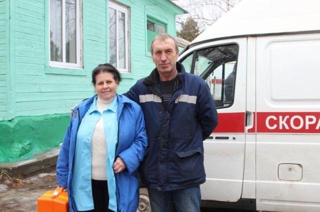 Нижегородские полицейские отремонтировали скорую с пациентом внутри