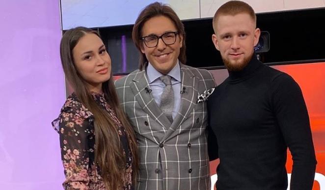 Андрей Малахов пригласил на передачу нижегородца, сделавшего предложение своей девушке в кино