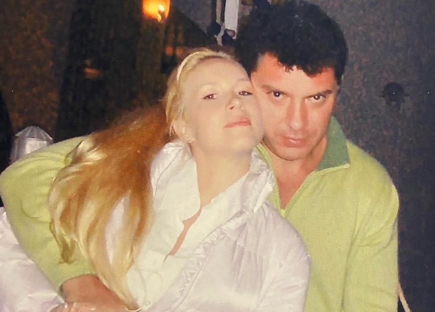 Екатерина Одинцова показала редкие фотографии с Борисом Немцовым