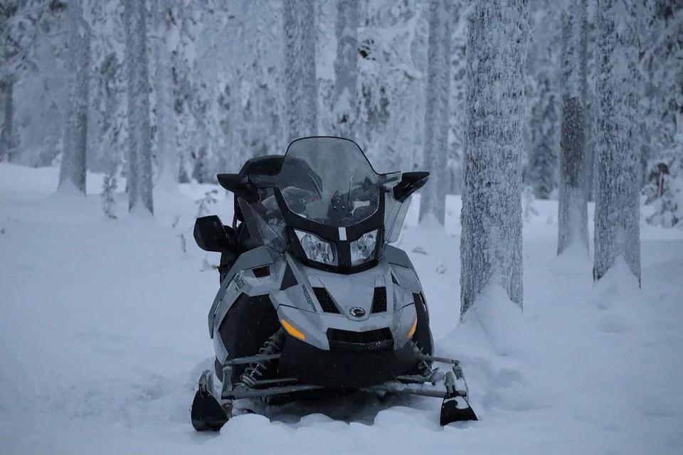 В Нижнем Новгороде вырос спрос на снегоходы перед новогодними праздниками
