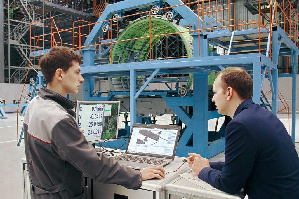На авиационном заводе «Сокол» приступили к сборке самолета Ил-114-300