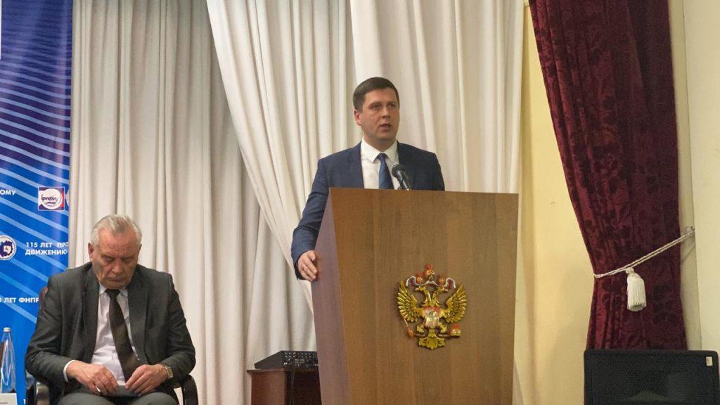 Андрей Гнеушев: «Профсоюзы ивласть объединяет общая цель— создать эффективную экономику исоциальную сферу врегионе»
