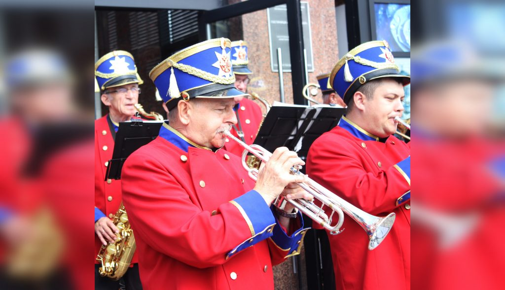 Оркестр универмага «Сормовские Зори» заиграл по-молодёжному