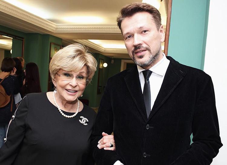 Ангелина Вовк вышла замуж