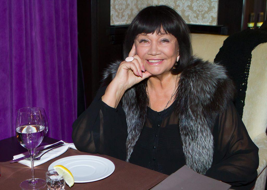 Лариса Лужина: «Мне всегда нужно было в кого-то влюбиться, иначе нет вдохновения»