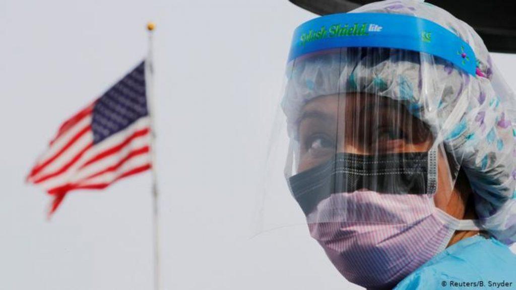 Политологи о пандемии: может ли коронавирус привести к ядерной войне