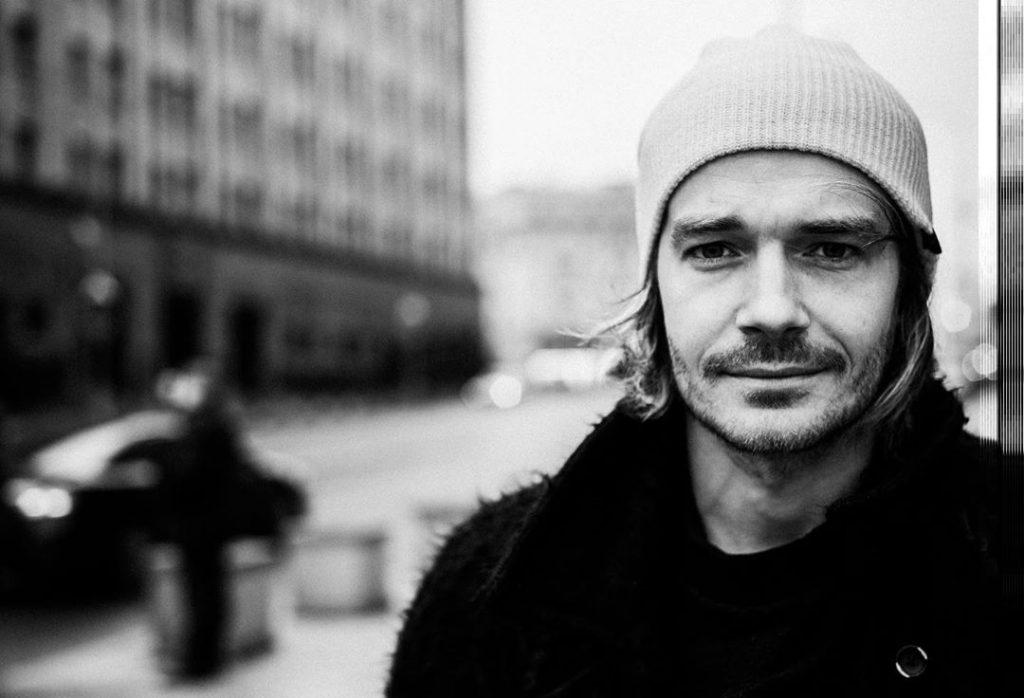 Звезда сериала «Триггер» Максим Матвеев продолжает встречаться с бывшей женой