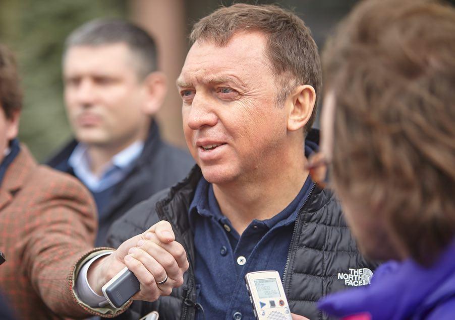 Олег Дерипаска призвал Россию закрыть границы из-за коронавируса