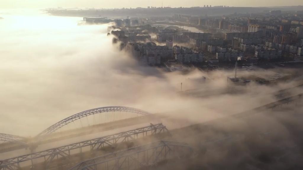 Утренний туман над Борским мостом