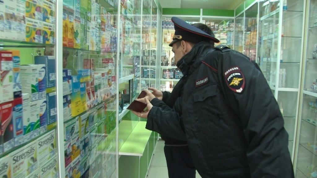 Директор аптеки в Арзамасе пыталась дать взятку полицейскому