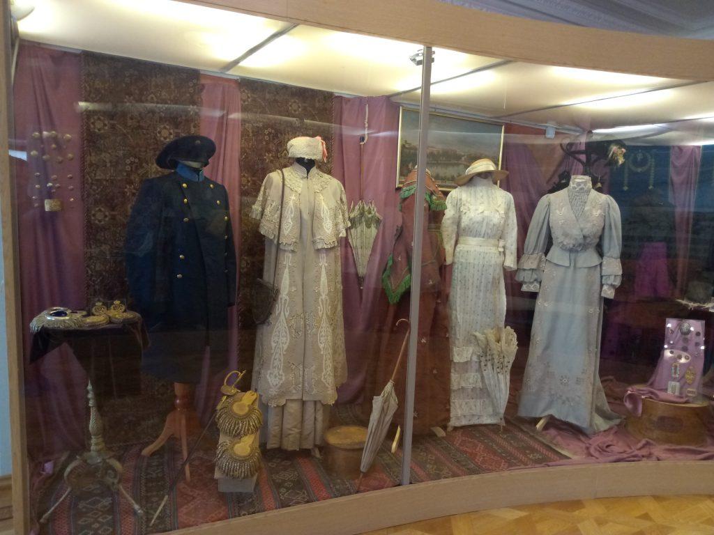 Нижегородцам показали, во что одевались жители региона несколько веков назад