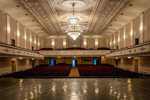 Региональный минкульт разъяснил, когда возобновят работу нижегородские театры