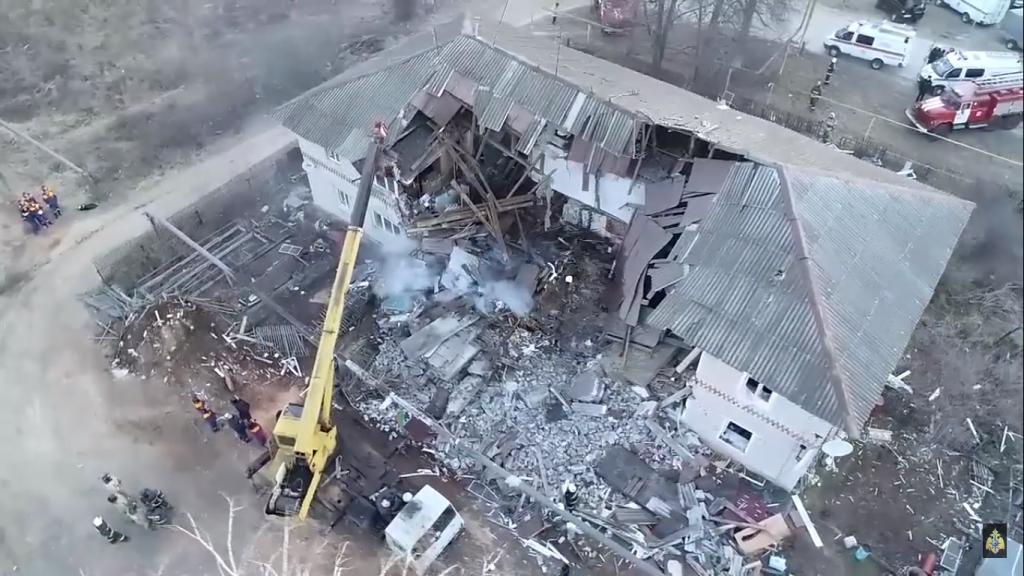 Разрушенный после взрыва дом в Вачском районе сняли с высоты птичьего полёта