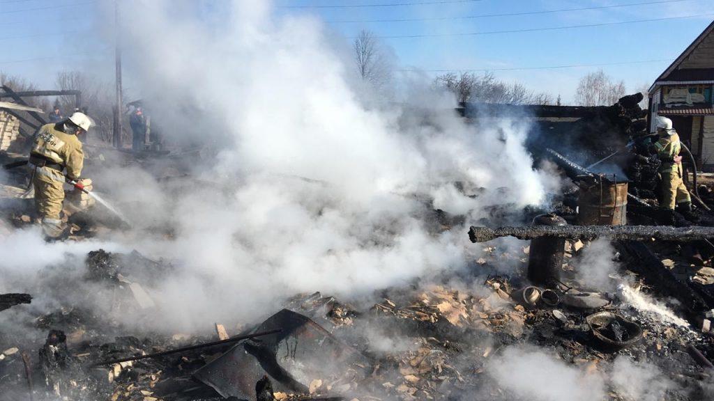 На месте пожара в Воскресенском районе нашли тело еще одного погибшего