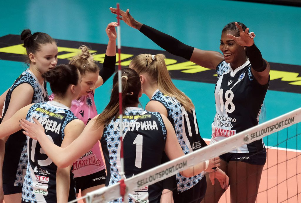 Состав нижегородской команды «Спарта» пополнили две волейболистки