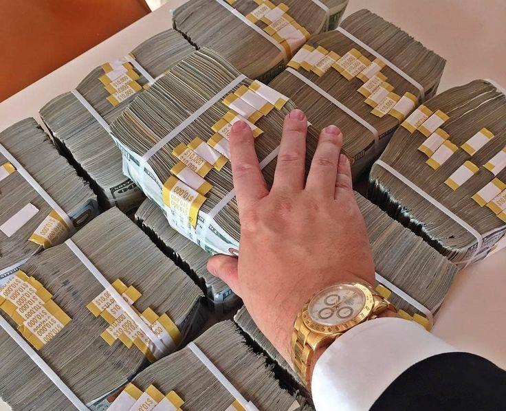 Золото партии: как деньги КПСС стали деньгами российских олигархов