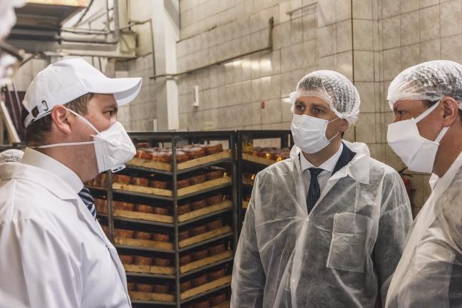 Андрей Гнеушев проверил работу арзамасского хлебозавода врежиме повышенной готовности