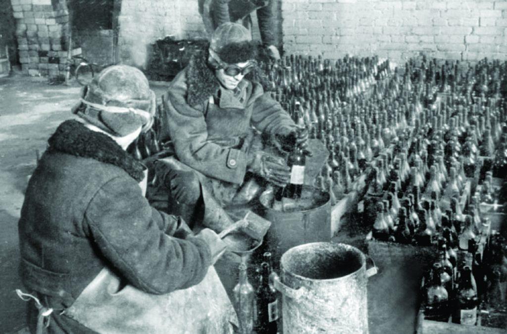 Тыльная сторона войны: в войну нижегородский завод шампанских вин делал «огненные коктейли»