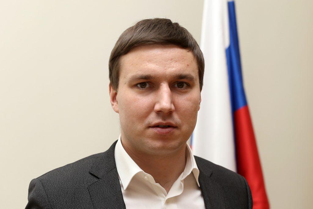 Ринат Умяров: «Поправки в Конституцию позволят сохранить этнокультурное и языковое многообразие народов России»