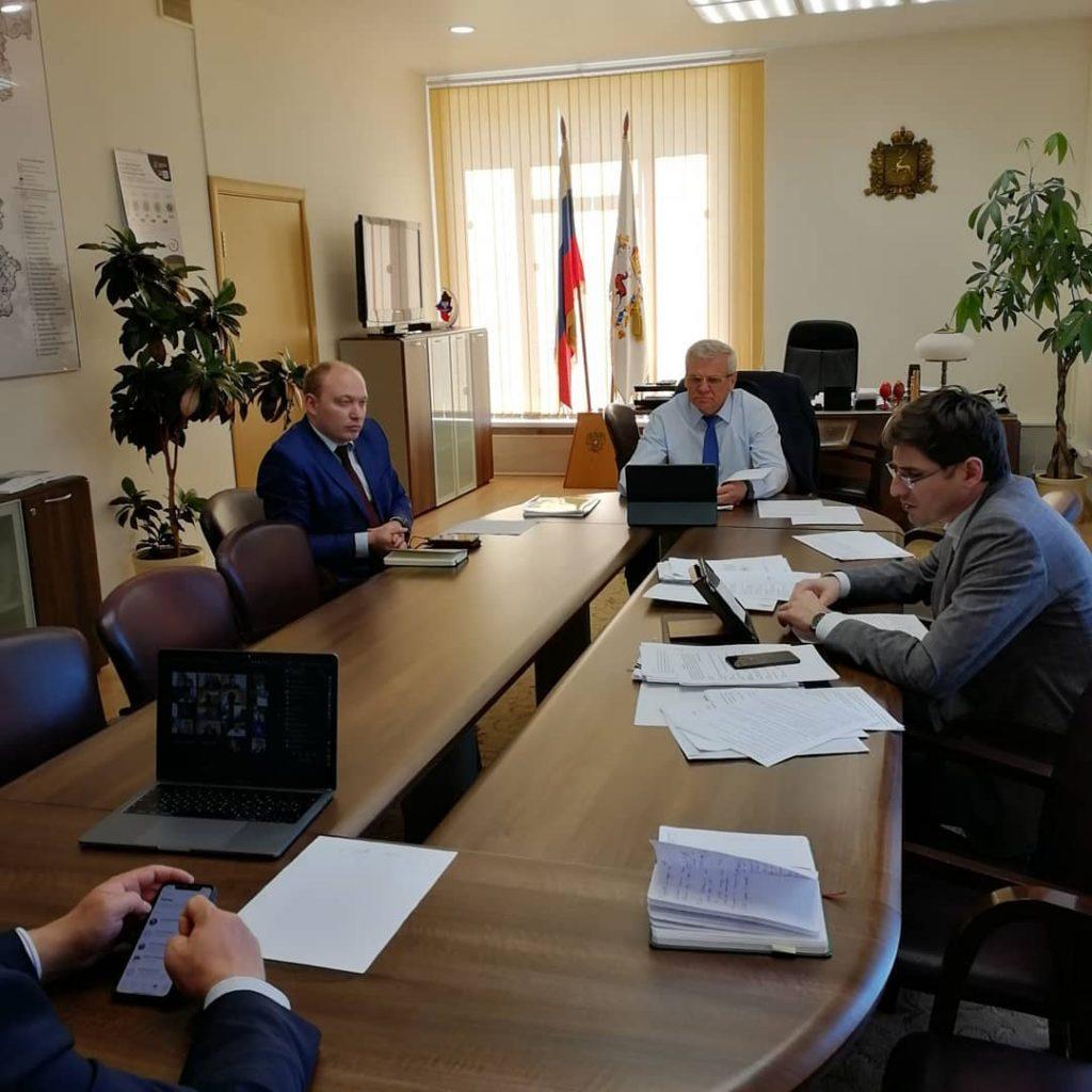 Евгений Люлин пообещал разобраться с районными администрациями из-за отказов помогать предпринимателям