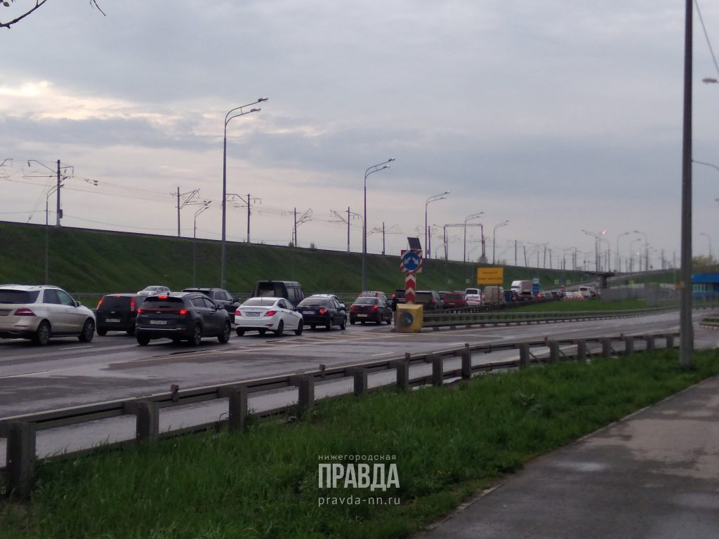 Пробки сковали Борский мост