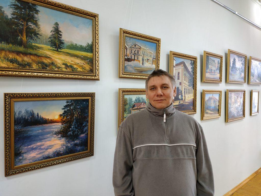 Ветлужский художник сохраняет городскую архитектуру с помощью картин